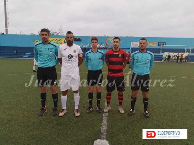 Trío arbitral, Kiko Ratón y Saúl (capitanes).