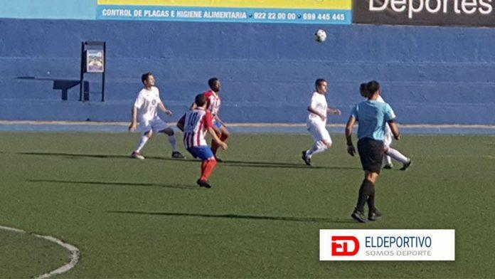 El Puerto Cruz perdonó y lo pagó ante el Atlético Granadilla.
