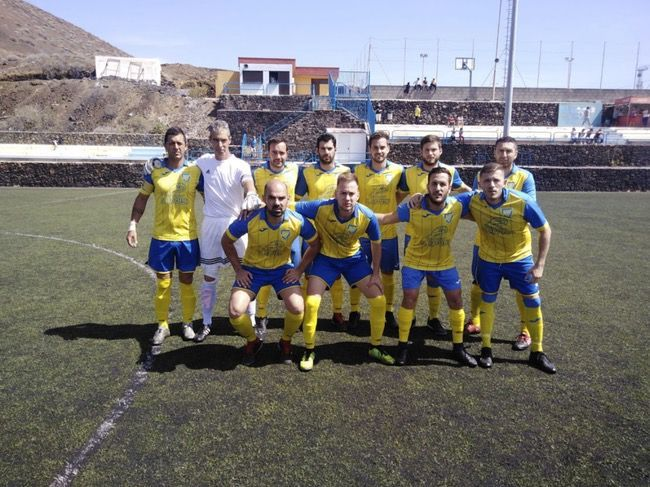 Once inicial del Restinga.