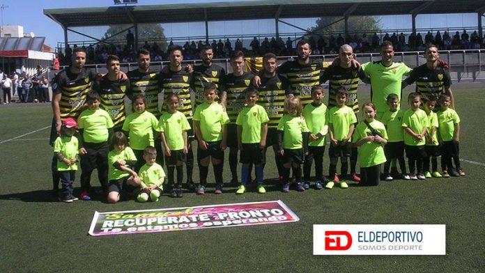 Bonito gesto del Atlético Tacoronte.