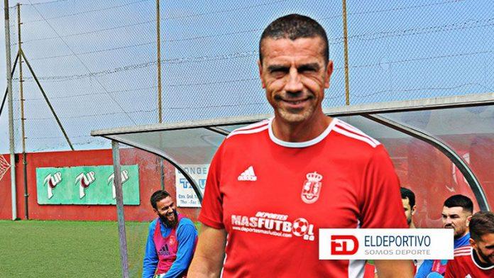 Patricio de Ara sigue como entrenador del Atlco Victoria.
