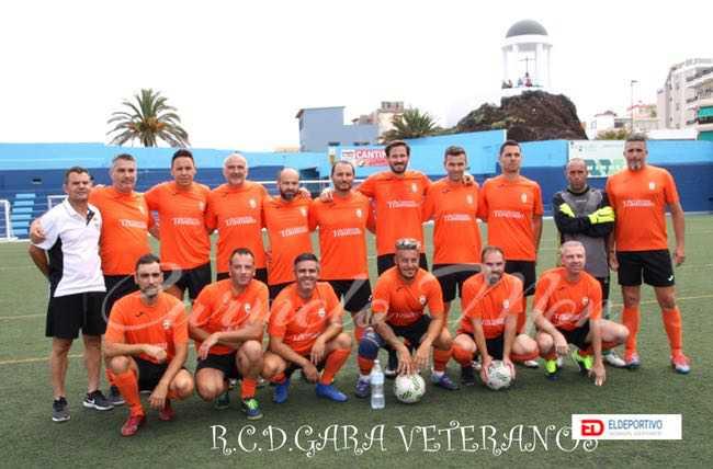Plantilla de veteranos del RCD Gara.