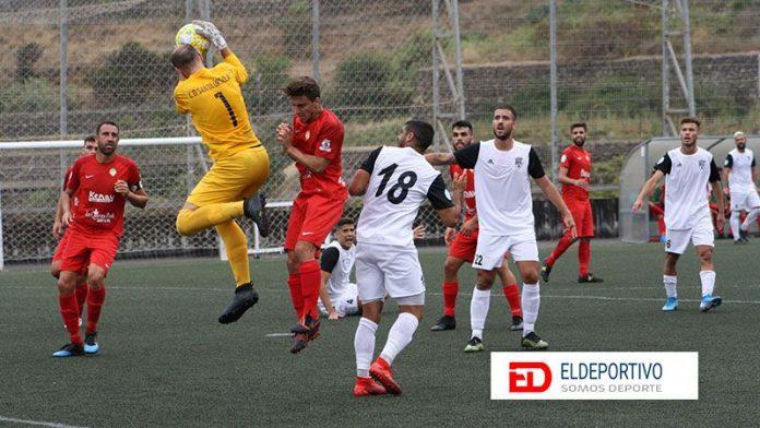 Empate de penalti del Santa Úrsula al Unión Viera en el último minuto.