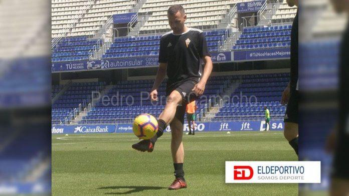 Vianney lidera el rankig de goleadores de Tercera División.
