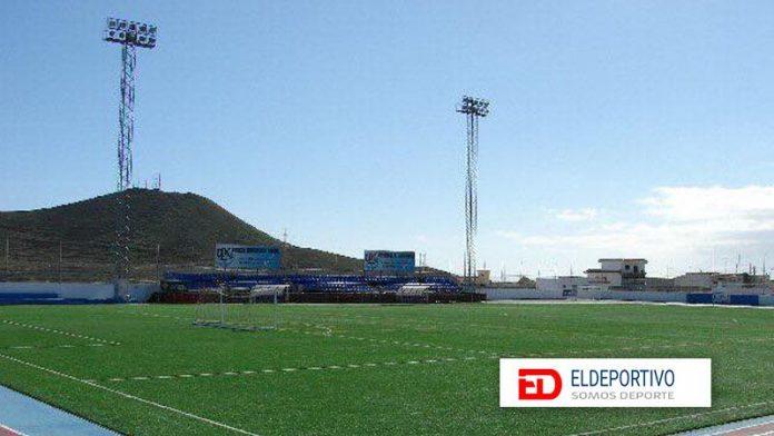 Imagen del campo de fútbol del Charco Del Pino.