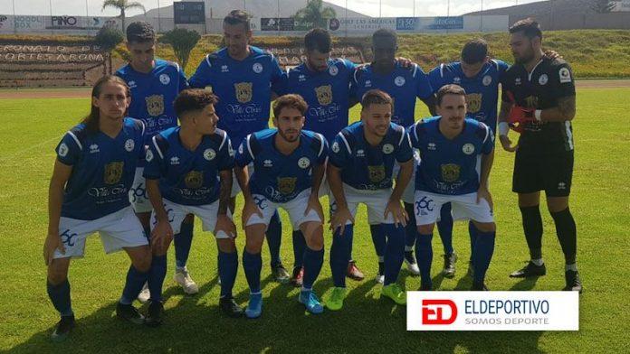 El Marino sigue firme en el liderato de la Tercera División.