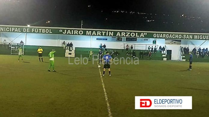 El Guargacho fue más certero de cara al gol ante el Arguijón..