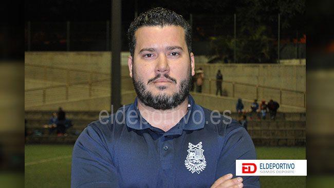 Foto de Josechu Reverón, entrenador de la UD Ibarra B.