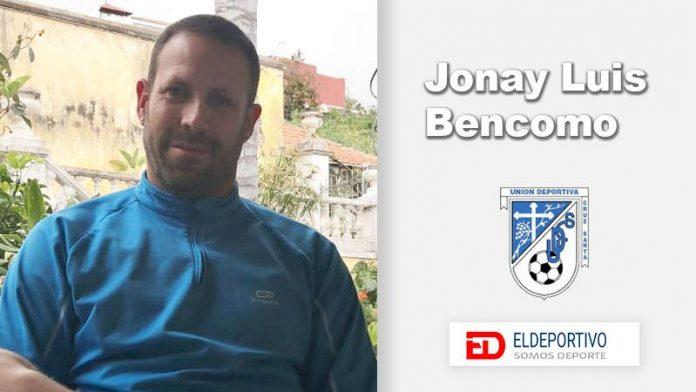 Jonay Luis Bencomo es un experimentado portero.