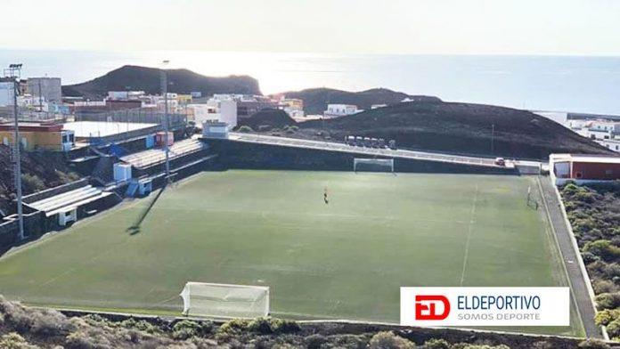 Propuesta para terminar la Primera y Segunda División en Canarias.