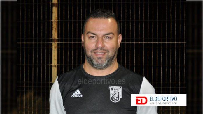 Otro entrenador que no continúa. Damián López en la UD Cruz Santa.
