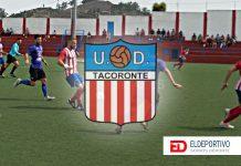 Escudo de la UD Tacoronte en su campo de fútbol.