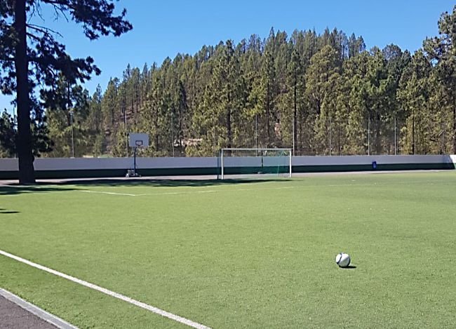 Campo de fútbol de Trevejos.