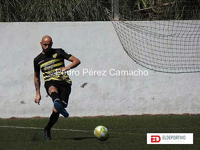 Tana Nolasco en el Atlético Tacoronte.